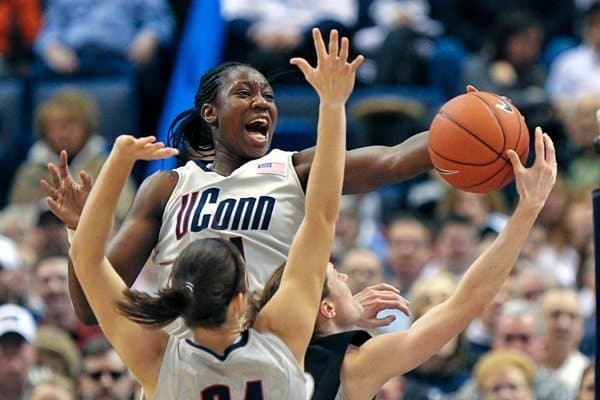 UCONN women's basket ball team playing Providence College in Hartford