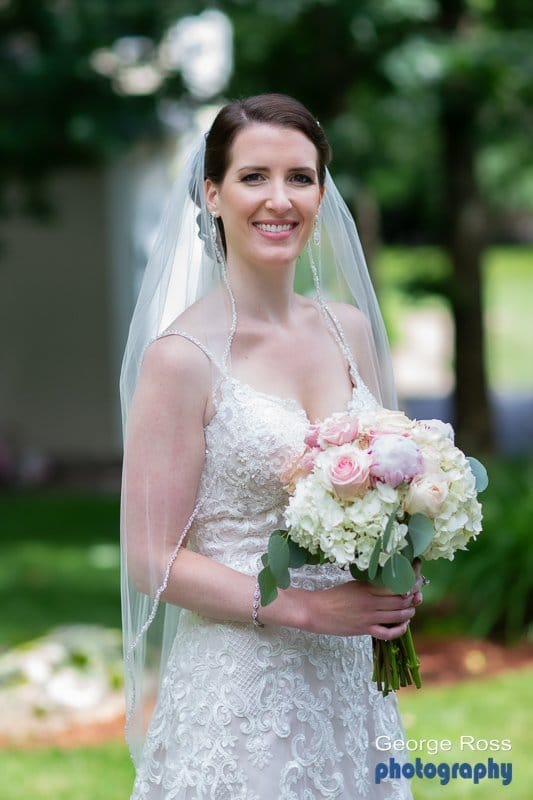 Bridal portrait with bouquet